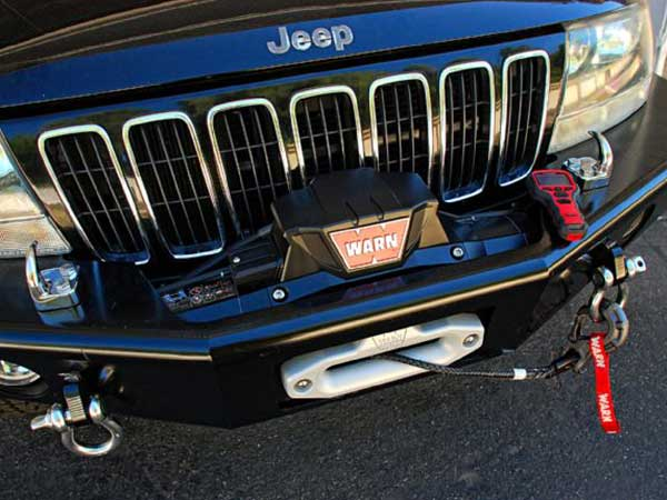 Installing the winch on the car's network guard