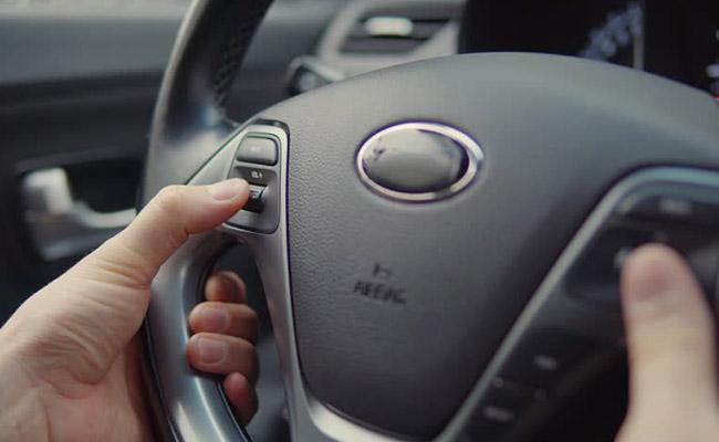 کلید روی فرمان قابل نصب بر روی انواع خودرو