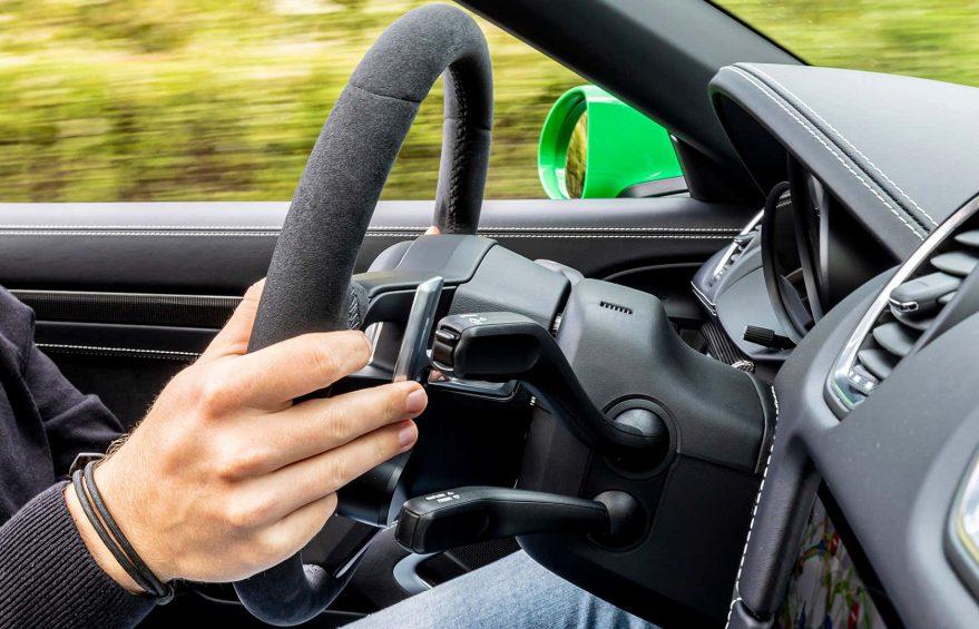 جذابیت در رانندگی با شیفتر دنده